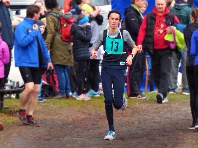 Ve Žďáře nad Sázavou mají talentované běžce, které vede trenér Karel Čermák.