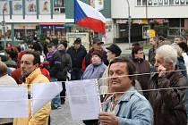 Protest Holešovské výzvy 15. dubna ve Žďáře nad Sázavou.