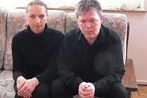 Podle Radky a Kamila Vejvodových, kteří rukou agresivní schizofreničky v říjnu přišli o svého jediného syna, je důležité, aby se změnil systém dohledu nad ambulantními psychiatrickými pacienty.