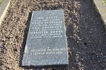 Zbývající hroby budou do příštího roku přesunuty na nový hřbitov.