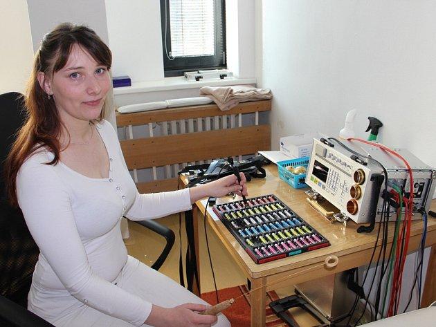 Biorezonance léčí pomocí elektromagnetického vlnění.