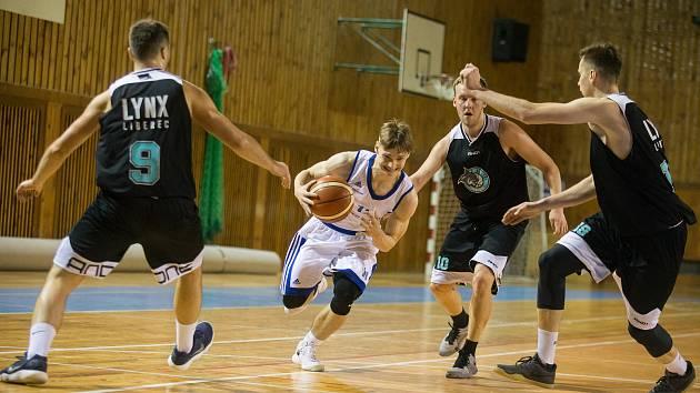 Basketbalisté Žďáru na hřištích soupeřů zářili