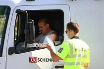 Kamiony jsou nedílnou součástí meziříčské dopravy. Vysokorychlostní vážení má zabránit alespoň tomu, aby přetížená auta ničila silnici.