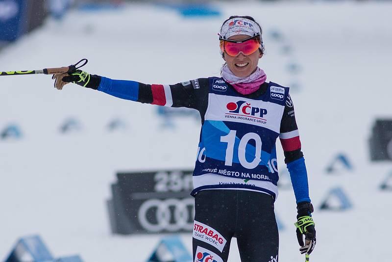 Ohlédnutí za Zlatou lyží 2020. Kateřina Razýmová stíhacím závodě žen na 10 km klasicky v rámci Světového poháru v běhu na lyžích.