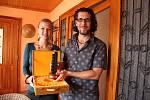 Režisér Jan Svatoš s kameramankou Romi Strakovou získali za své dílo už nejedno ocenění.