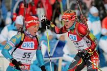 Mistrovství světa v biatlonu – NMNM – 9. 2. 2013 – sprint ženy. Na snímku s číslem Češka Gabriela Soukalová.