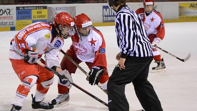Na čtvrteční úspěch se Slavií Praha navázali mladí hokejisté Žďáru i v Havlíčkově Brodě.