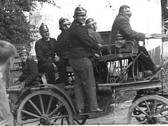Dobrovolní hasiči v Křídlech.