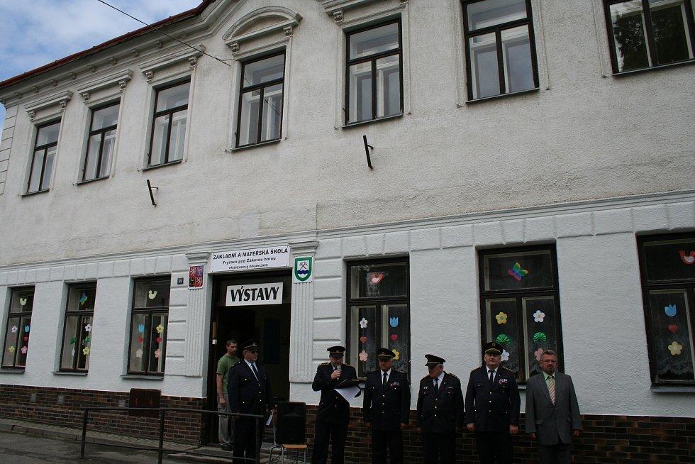 Základní škola ve Fryšavě pod Žákovou horou.