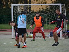 Zápasy Žďárské ligy malé kopané se hrají tradičně v sobotu za 2. základní školou.