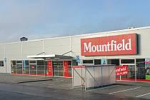 Nová žďárská prodejna Mountfieldu v Novoměstské ulici.
