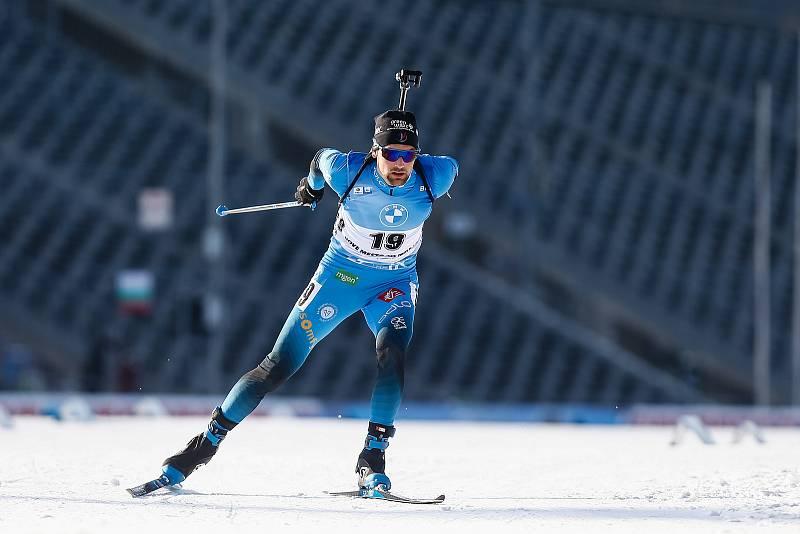 Vítěz závodu Simon Desthieux v závodu Světového poháru v biatlonu v závodu sprintu mužů na 10 km.