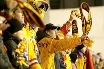 Fanoušci hokejového klubu Dukla Jihlava si na konci minulého týdne oddechli. Trestní oznámení na jednatele klubu bylo odloženo.