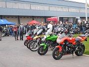 Na žďárském ovále při tradičním zavírání silnic lidé obdivovali stovky motocyklů.