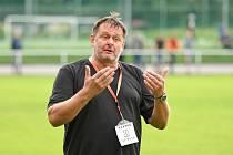 Na utkání sedmého kola letošního ročníku moravskoslezské divize D bude trenér FC Žďas Petr Nedvěd určitě ještě dlouho vzpomínat. Ale ne v dobrém.
