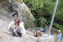 Pasecká skákla patří ve Žďárských vrších k těm nejnavštěvovanějším, a to nejen v letní sezoně, ale po celý rok. Množství návštěvníků láká dokonce i v zimě.