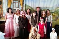 Nositelem tradic Bystřicka 2016 se stali divadelníci ze Sulkovce.