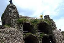 Na půldruhém hektaru v bystřických Lužánkách začne letos vznikat park miniatur. Jako první v něm už koncem léta budou k vidění betonové zmenšeniny hradů Zubštejn (na snímku) a Pyšolec.