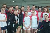 Mistrovství ČR dospělých a juniorů v plavání s ploutvemi a rychlostním potápění se v Pardubicích zúčastnilo 13 členů žďárského Čochtanklubu.