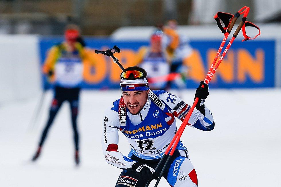 Michal Krčmář v závodu Světového poháru v biatlonu - stíhací závod mužů na 12,5 km.