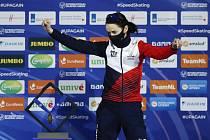 Česká rychlobruslařka Martina Sáblíková s bronzovou medailí na vícebojařském ME v Heerenveenu.