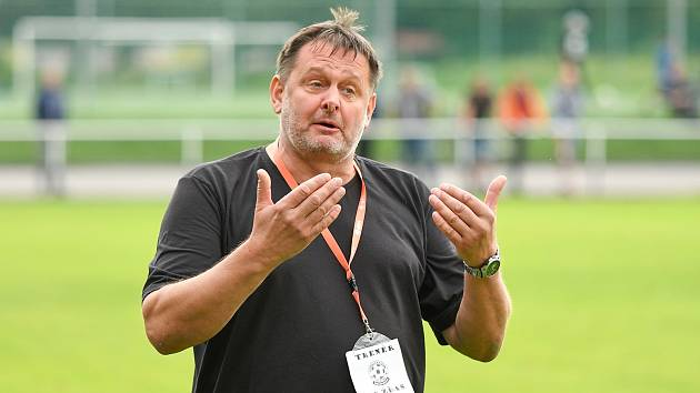 Petr Nedvěd, trenér fotbalistů Žďáru nad Sázavou.