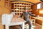 """""""Muzeum na kolejích"""" - Legiovlak je unikátní replika ešalonu československých legionářů z let 1918-1920. (Na snímku při zastávce v Jihlavě v r. 2015)."""
