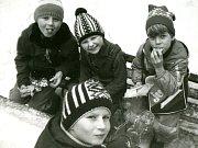 Turistický oddíl Tuláci vznikl v roce 1972 jako součást pionýrského oddílu ZAREVO. Děti se v něm věnovaly výletům po okolí Žďáru i do hor - například do Tater, soutěžím, hrám, zpěvu i brigádám zaměřeným na pomoc přírodě.