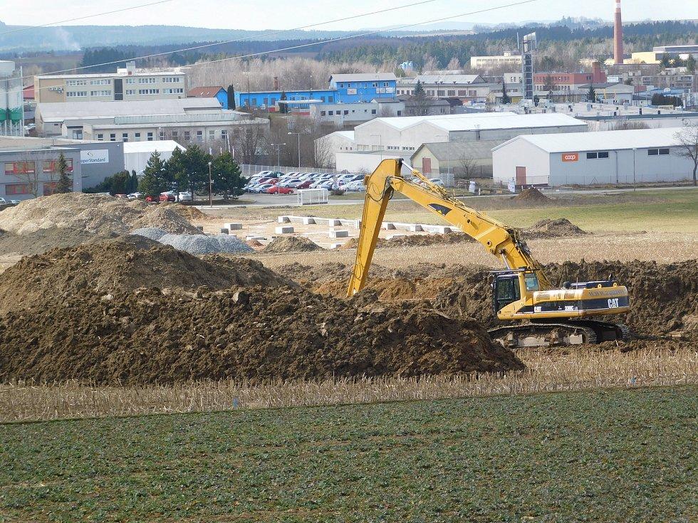 Průmyslová zóna Jamská II bude pro investory připravena na podzim.