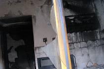 V hořícím domě zahynul sedmapadesátiletý muž.