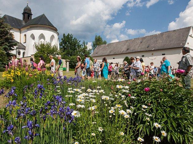 Po roce se opět otevřely soukromé zahrady zámku Kinských ve Žďáře