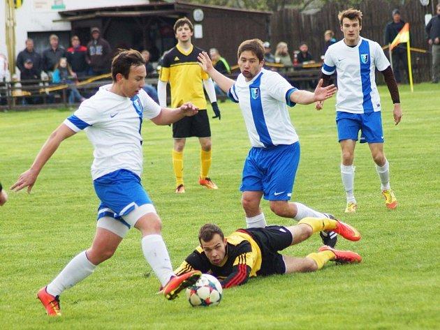 Hráči Moravce v úvodu jara kráčeli za postupem, který jim loni unikl. Z posledních dvou utkání ale neuhráli ani bod, naposledy padli s Novými Syrovicemi doma 3:4.