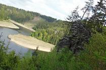 Vírská přehrada a její okolí.