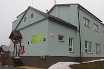 Dům centra Spektrum ve Žďáře nad Sázavou.