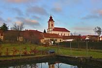 Římskokatolický kostel sv. Václava v Novém Veselí.