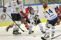Z listopadového souboje rivalů Pelhřimova a Velkého MEziříčí. Nyní oba týmy bojují o play off.