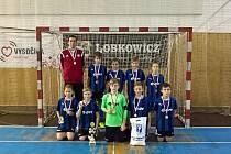 Halový turnaj O pohár předsedy se stal kořistí starších žáků fotbalového klubu z Velkého Meziříčí (na snímku).
