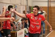 Házenkáři Nového Veselí v sobotu vyhráli v Jičíně po dramatickém závěru zápasu jen o jedinou branku 28:27.