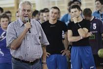 Slavnostní zahájení Memoriálu Josefa Smékala si nenechal ujít ani novoveselský kandidát na prezidenta Miloš Zeman.