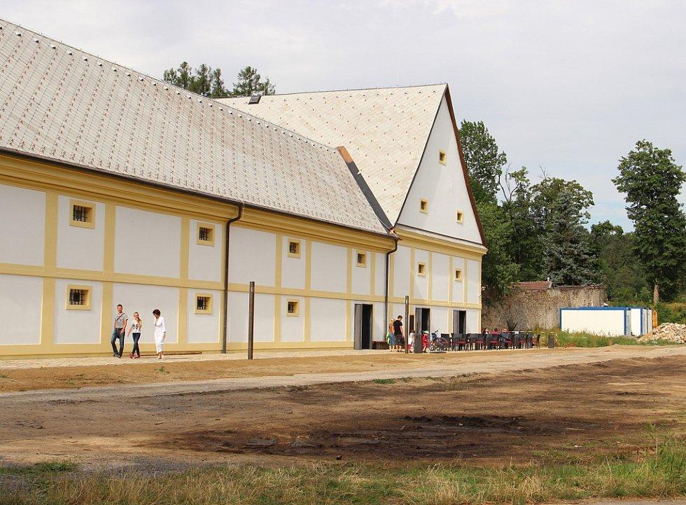 Muzeum nové generace v areálu žďárského zámku vzniklo přestavbou někdejšího pivovaru.