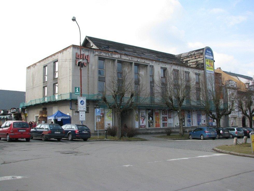 Bývalý objekt žďářského hotelu Bílý lev