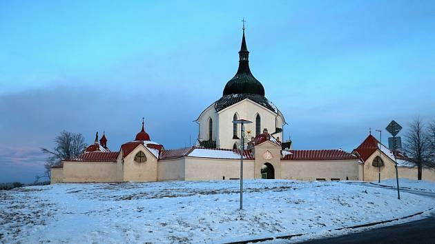 Unikátní pohled na Žďár si mohou lidé vychutnat od kostela sv. Jana Nepomuckého.