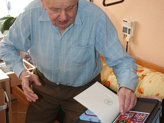 O volby měli v pátek zájem také klienti Domu klidného stáří v Okružní ulici ve Žďáře nad Sázavou.