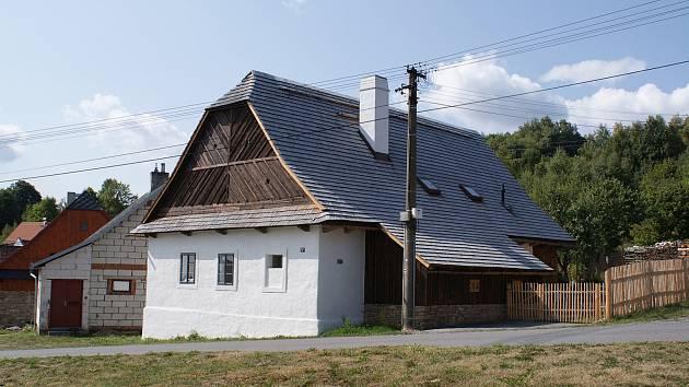 První cenu za nejlepší projekt a realizaci obnovy Památka roku 2018 v kategorii nad dva miliony korun získal vlastník domu 47 v Daňkovicích na Novoměstsku.
