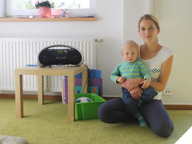 K metodě výuky angličtiny podle Helen Doron se Dita Olšiaková dostala během své mateřské dovolené. Nic podobného v té době ve Žďáře nebylo, tak to vzala jako výzvu.