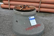 Základní kámen protentokrát nahradila betonová skruž.