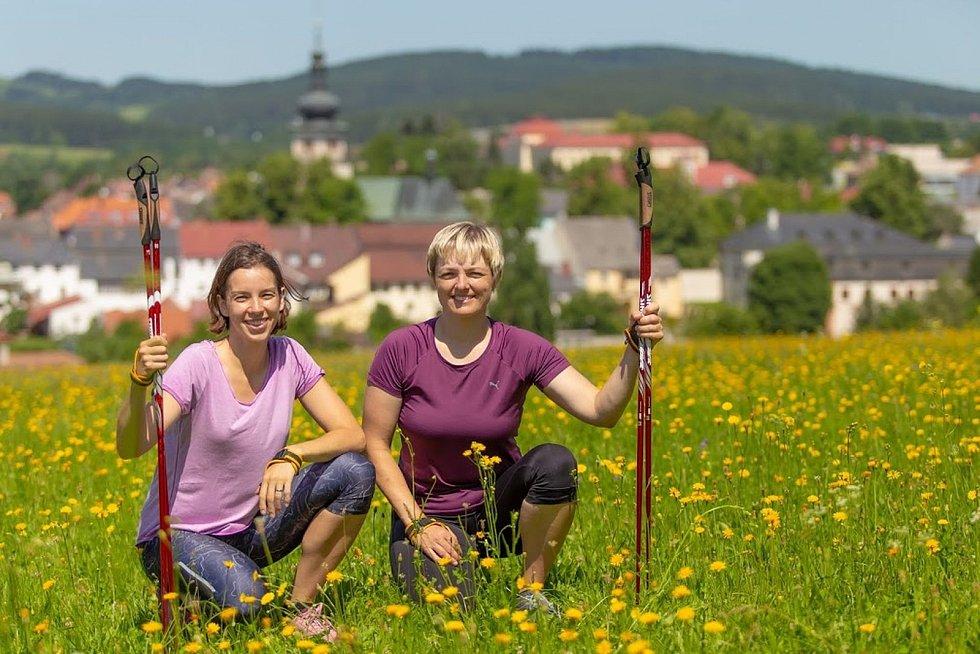 Instruktorky Milada Kuželová a Iva Bubláková.
