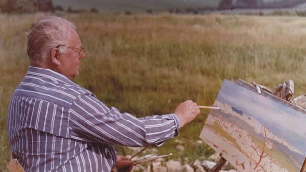 Akademický malíš Bohumil Puchýř maloval krajinky s motivy z oblíbených míst u Rokytna, Studnic, Milov, Křižánek, Nového Města na Moravě i jinde.