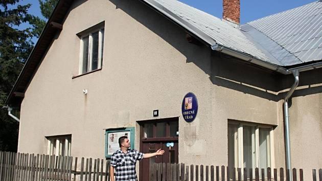 Budova obecního úřadu ve Fryšavě