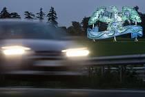 Dva  velkoplošné reklamní nosiče s orlem na dálnici D1 u Měřína byly nahrazeny uměleckými motivy.